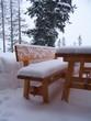verschneite terrassenmöbel