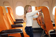 enfant  et avion