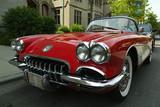 malý červený Corvette