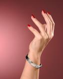 main et braceletcadeau, or, main, bracelet, célébr poster