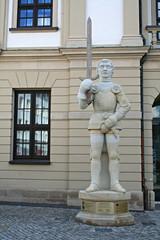magdeburg - vor dem rathaus