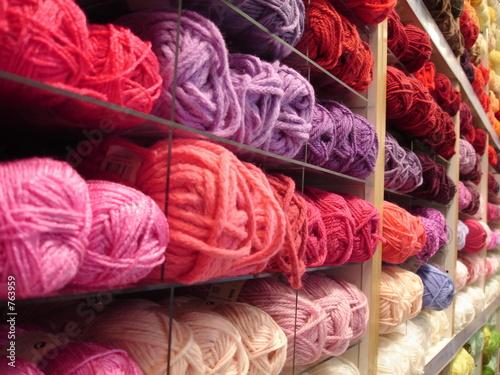 prix pelote de laine pelote laine sur enperdresonlapin. Black Bedroom Furniture Sets. Home Design Ideas