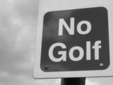 no golf sign b/w