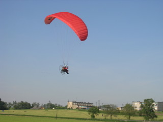 landing paraglider