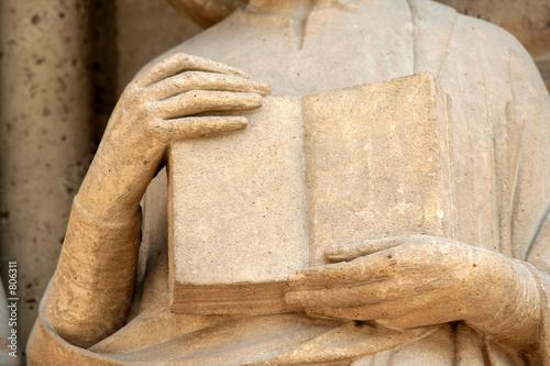 Leinwanddruck Bild livre en pierre