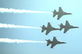 thunderbirds f-16 fighting falcon jets