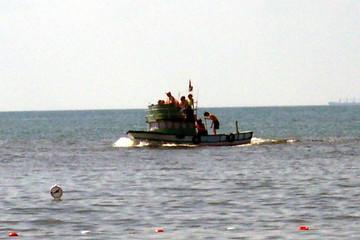 a running boat