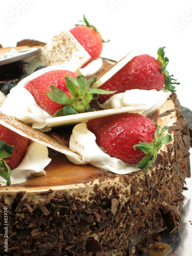 chocolate cake with strawberries topping