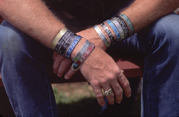 rememberance bands pow