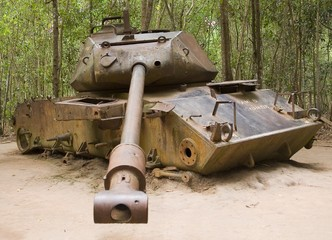 distroyed american tank, cu chi tunnels