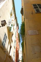 rue centrale, vieux nice