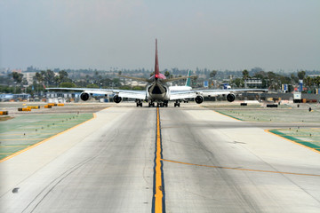 heavy plane on taxiway
