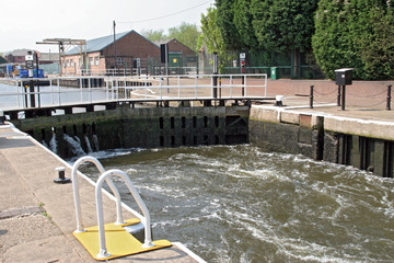 lock filling up