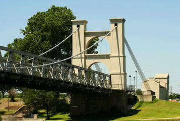 suspension bridge in waco 2