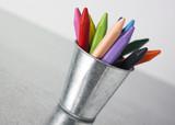 pot de pastels de couleurs poster