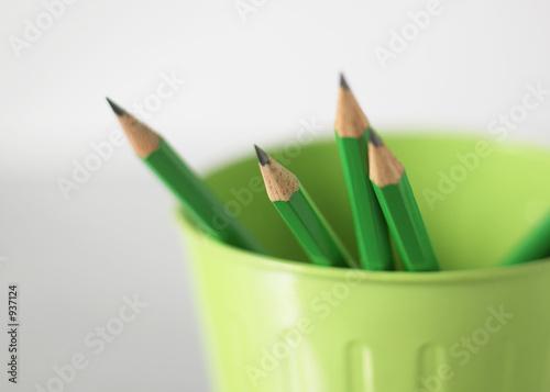 crayons noir