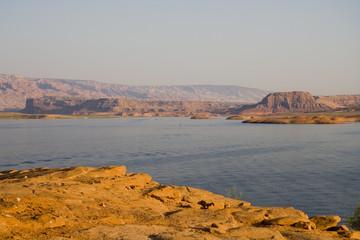 lake powell bumpt rocks and mesa