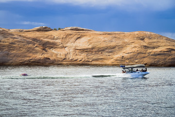 boating on lake powell