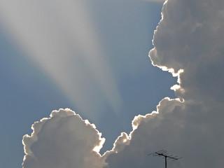 nuage et antenne 2