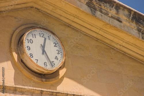 agora's clock