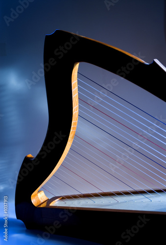 shepherd's harp in the light, blue