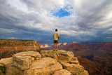 Fototapety hiker on peak in grand canyon