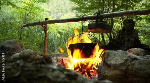 Fotobehang Kamperen camping fire