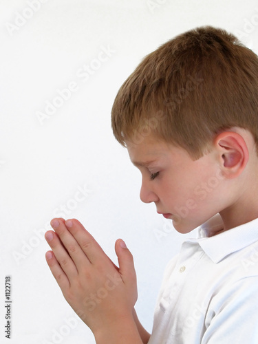praying boy