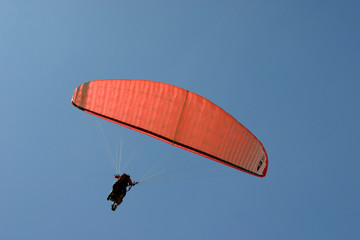 roter paraglider