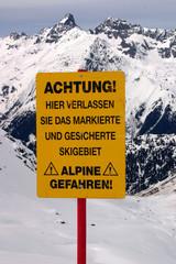 close up at ski warning