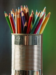 crayons et pot