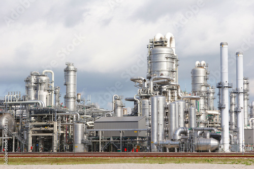 chemical plant - 1168789