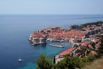 dubrovnik by day