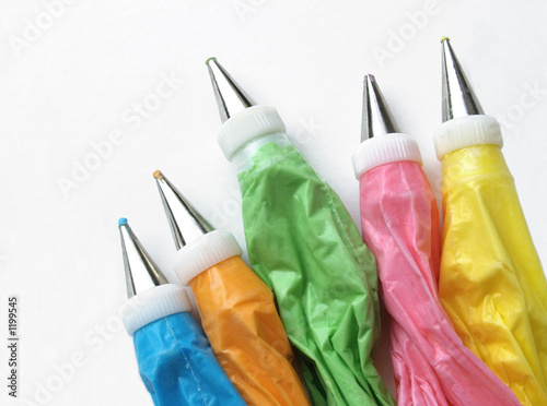 cake icing bags - 1199545