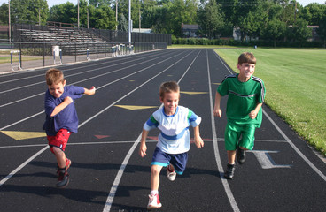 kids running on track