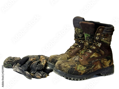 Fotobehang Jacht camoflauge boots and gloves