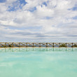 piscine, soleil et nuage