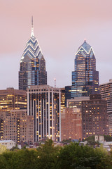 philadelphia skyline of one and two liberty place