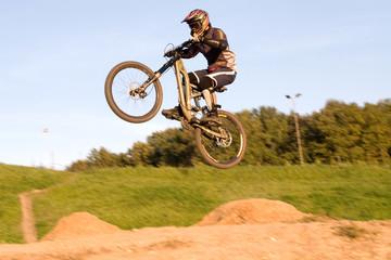 mountain bike jump 2