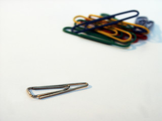 to draw a distinction, different paper-clips 1