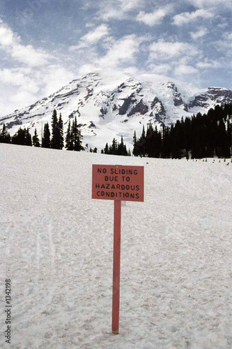 sign in mount rainier