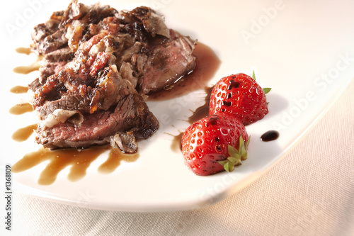 filet mignon with strawberry sauce