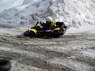 winter go-cart racing