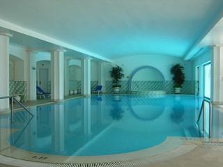 piscine d'intérieur