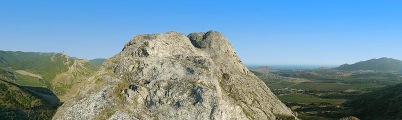 rock, ridges and sea