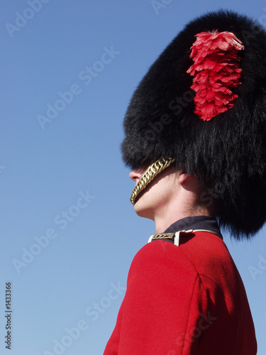 guardsman at quebec citadel 2