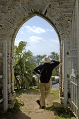man and bermuda's unfinished church 3