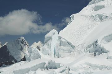 snow mountain cordilleras in peru