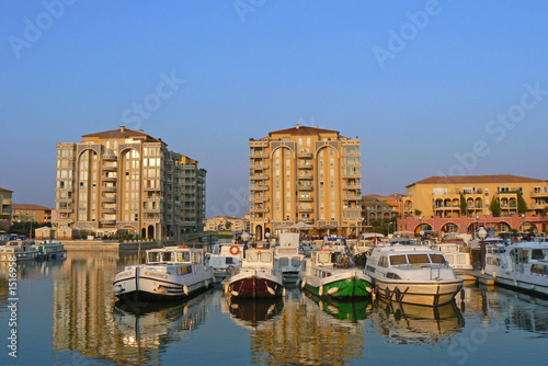 Papiers peints Port port ariane 3