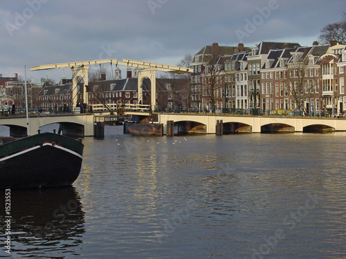 amsterdam bridge